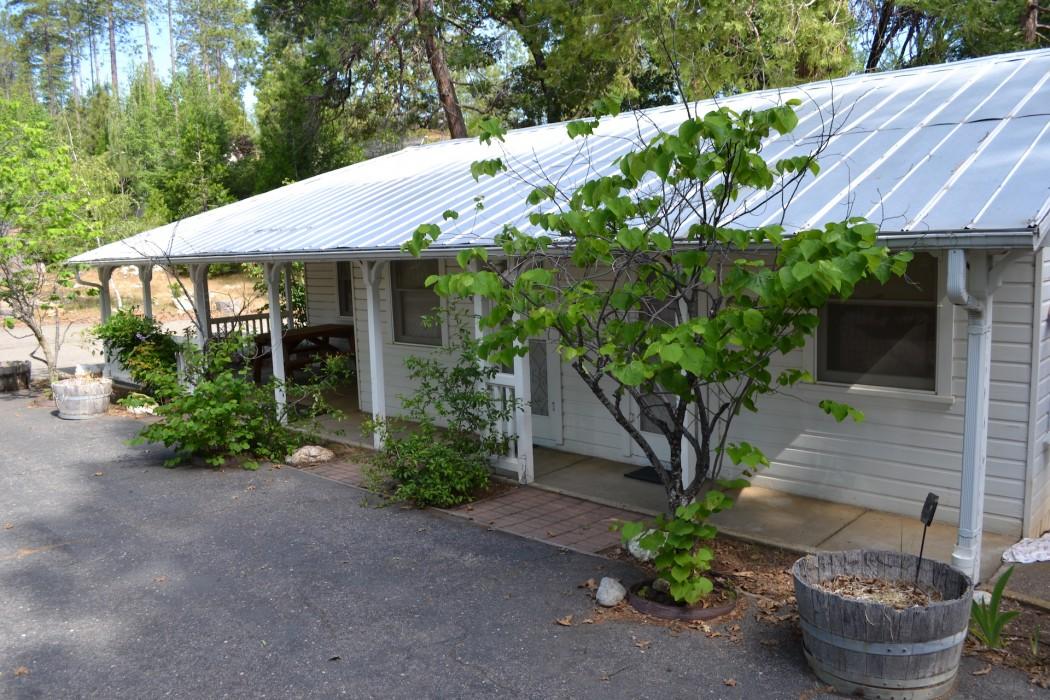 Uptown Unit 7 - Cristina's Cottage