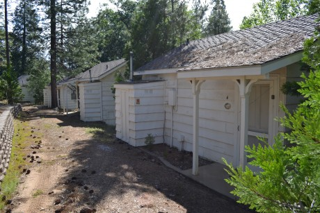 The Inn at Sugar Pine Ranch - Back side of cottages